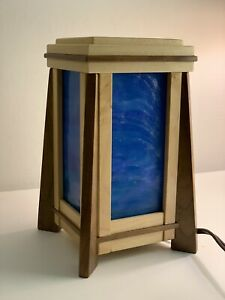 Frank Lloyd Wright Style stained glass lamp By R.C. Sanford - Sankora Studios