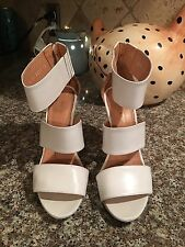 Robert Clergerie White sandals Shoes size 8 M Euro 38.5 Beautiful!