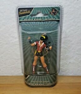 Wonder Woman Keychain | DC Comics Bombshells | +3 | Collector Series