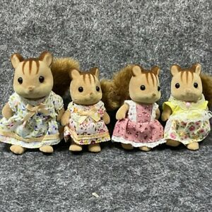 4x Epoch Sylvanian Families Walnut Squirrel Family Mother Sister Squirrel Figure