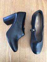 CLARKS Ladies Clara Black Leather Block Bootie Ankle Shoe Boots Heels UK7.5