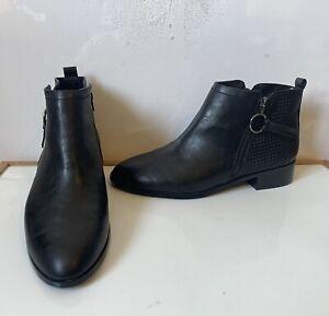 Evans Comfy  Boots Size UK 10 EU 44