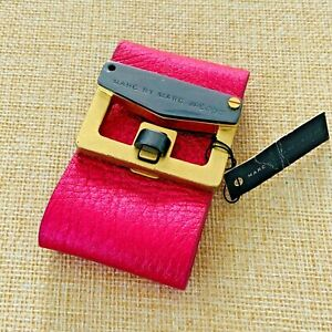 Marc Marc Jacobs Signed Bracelet Fuchsia Pink Leather Buckle Latch