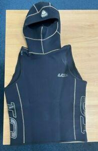 2mm Waterproof U1 M/L Wetsuit Undervest with Hood