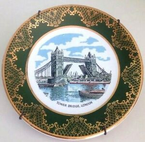 "Weatherby Hanley England Royal Falcon Ware Tower Bridge London Plate 6.5"" Hanger"