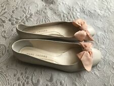 Women's Marc Jacobs beige flat shoes size 38.5