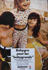 PUBLICITÉ VÊTEMENTS BABYGRO POUR LES BABYGRANDS COLLECTION MODE POUR ENFANTS