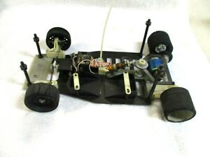 VINTAGE 1:10th SCALE INDY CAR CHASSIS WITH ELECTRONICS & ELECTRIC MOTOR