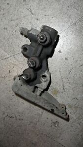 Nissan D21 Hardbody Pickup 2.4 Brake Load Sensing Valve LSV 1994 1995 1996 1997