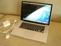 Apple MacBook ProA1286 15-InchUnibody 2.4 Core 2 Duo 250gb HDD 101 batt cycles