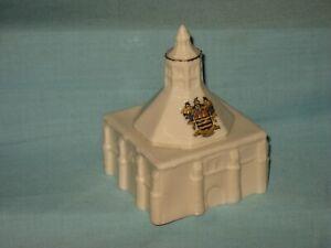 Goss Abbot's Kitchen, Glastonbury Abbey (White, Glazed) - BLACKPOOL Crest