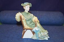 Lovely Royal Doulton ''Ascot'' Porcelain Lady Figurine HN 2356 USC RD6714