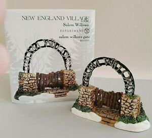 Department 56- New England Salem Willows #4030708 Retired New💖