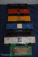 Lionel Trains 7 Freight Car & Accessory Lot- Box Car, Gondola, Stock, Etc *
