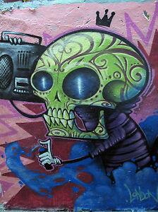 """STREET ART MASSIVE  CANVAS PRINT alien skull  GRAFFITI  46"""" x 33"""" URBAN"""