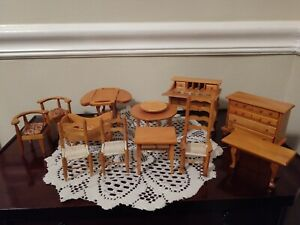 12-Piece People's Republic of China Wooden Wood Dollhouse Furniture Set in Box