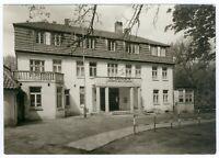 Postkarte Güstrow HO-Gaststätte Kurhaus am Inselsee, s/w, 1968, RAR