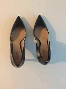 Michael Kors Womens 9 M Black Patent Leather Pumps Heels Shoes NEW
