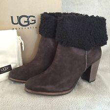 UGG Australia Charlee Lodge Brown Suede Leather Boots Shoes US 8.5 EUR 39.5 NWB