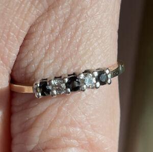 14K Yellow Gold Round Cut Sapphire & Diamond Ring - Size 6? RGC Brand 1.7 G