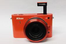 Nikon 1 J2 mit Nikon 11-27,5mm Objektiv Systemkamera Neuware J 2 orange