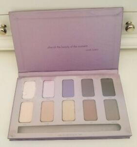 New * STILA * In The Moment * Eyeshadow Palette Only * DAMAGED