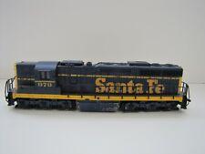 HO scale Atlas Santa Fe SD24 #979 Knuckle couplers (3.5volts @ .2amp) 7001/486