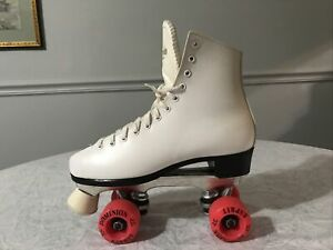 Dominion Canada White Roller Skate Esprit  Wheels Women's Size 7 Left Foot Vtg