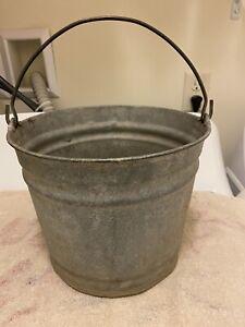 Vintage #8 Galvanized Metal Bucket ~ Farm Feeder Pail ~ Country Décor ~ Planter