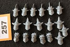 Games Workshop WARHAMMER FANTASY Orco Regni ARMI Punte Spike PUGNI nocche
