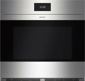 WOLF SO30CM/S 30 inch M Series Contemporary Stainless Steel Built-In Single Oven