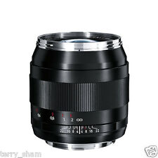 New Carl Zeiss Distagon T* 28mm F2 ZE Wide Angle Lens Canon EOS EF Metal Hood