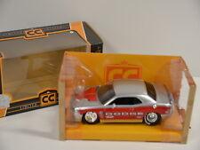 3 ) Jada 96356 1:24 Collectors Club Silver/Red 2008 Dodge Challenger SRT8