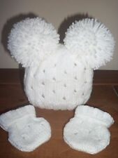 HAND KNITTED BABY HAT & MITTS SET - SIZE 0-3MTHS