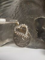 GENUINE / 375 YELLOW GOLD HEART PENDANT WITH NATURAL DIAMOND (TDW : 0.21 CARAT)