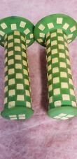 """Green White Old Bmx Checkered Hand Grips Hutch 20"""" Freestyle bike Dyno Skyway 86"""