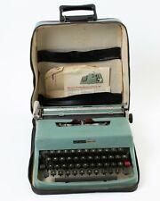 Vintage Olivetti Underwood Lettera 32 Portable Typewriter Blue with Travel Case