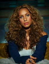 Leona Lewis UNSIGNED photo - D1695 - SEXY!!!!!