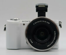 sony a5100 + 16-50mm + Custodia + SD 16gb