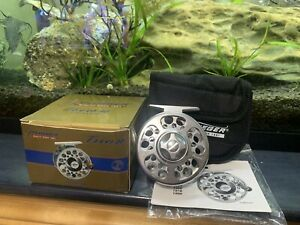 *NEW UNUSED* Pflueger Trion 1956 Fly Fishing Reel 5-6WT