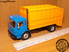 SAVIEM SM-10 DUSTCART 1:43 FRANCE CAMION TRUCK 1975