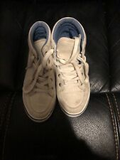 Boys sneakers Abercrombie and Fitch brand sz 1 white in color, high tops