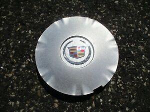 One factory 2010 to 2016 Cadillac SRX alloy wheel center cap hubcap