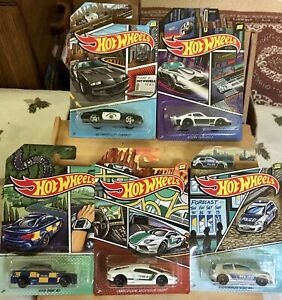 Hot Wheels: World Police (Themed Art Series) Full set of 5 in great condition!