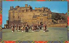 BT3009 Highland pipers on parade at edinburgh castle      Scotland