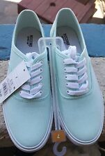 mossimo size 7 shoes color mint