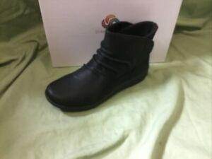 New Women's Clarks Black Sillian Sway Bootie 26122555 Size 6.5 Wide