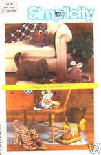 Simplicity 6824 Marjorie Puckett Dog Cat Mouse Pattern