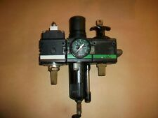 Bosch Rexroth Pneumatic Regulator / Filter / Lockout  0821300355  0821300982