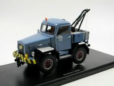 AutoCult 11008 - 1959 Kramer U800 Allrad Abschleppwagen blau Modellauto 1/43